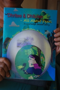 Dhritee & Dhitulee - All about Pearl - more than a children book