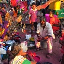 Kite vendors prepare for tomorrow